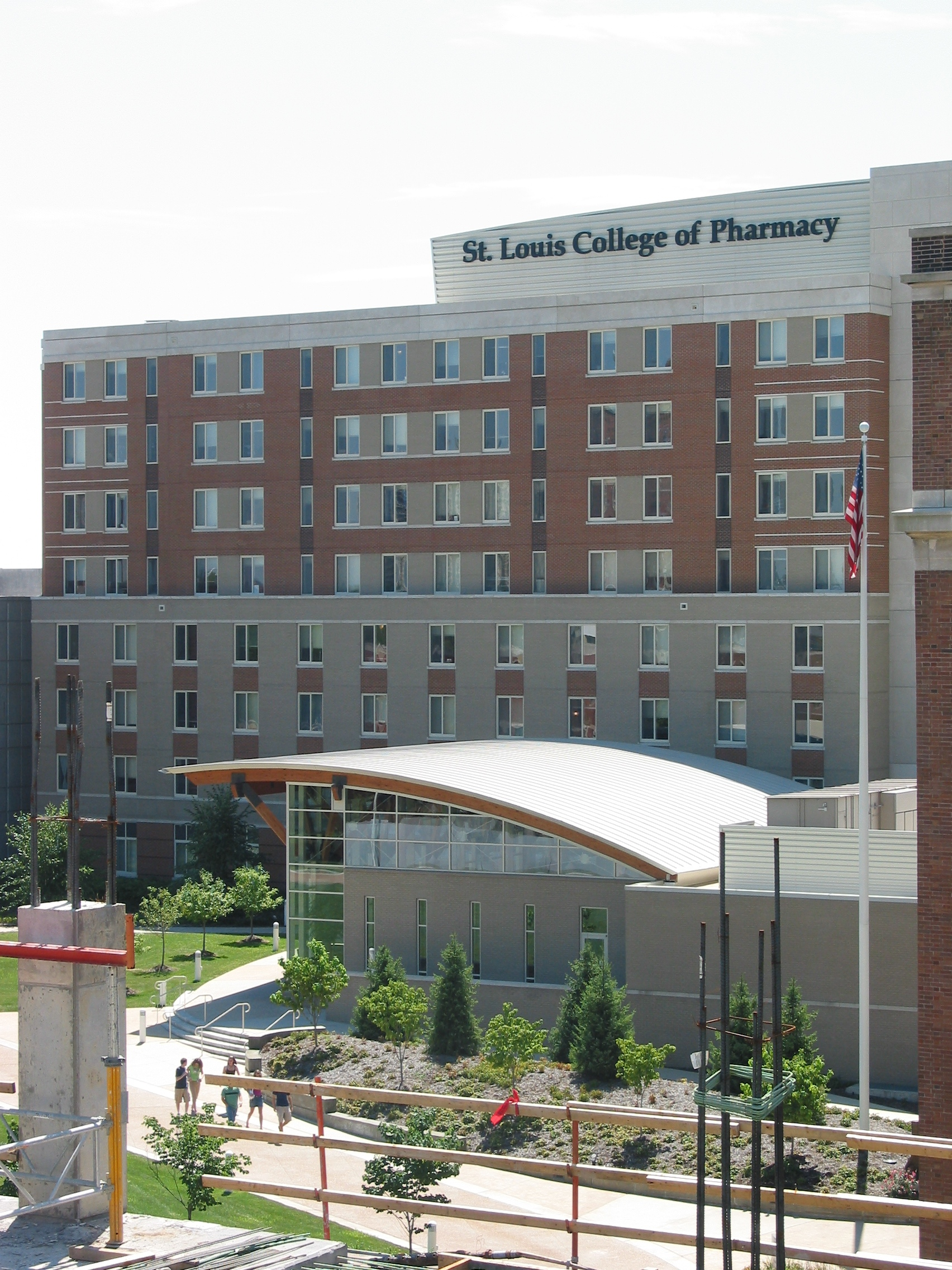 st. louis college of pharmacy application essay Know your chances to get in st louis college of pharmacy from average test scores and application requirements where acceptance ratio was 7143% in 2017.